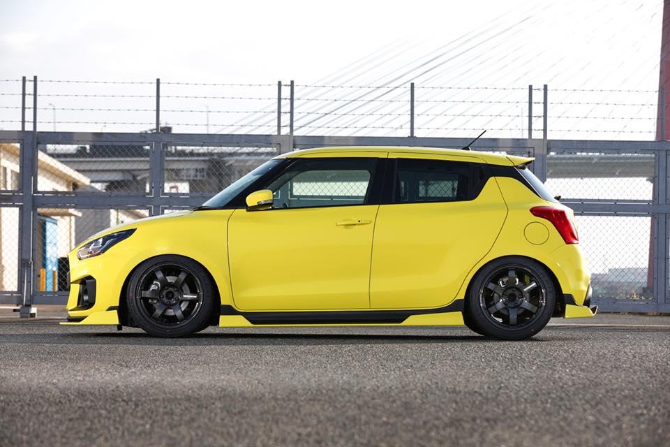 Kuhl Racing 2019 Suzuki Swift Sport Bodykit Airride 6 Fertig   Kuhl Racing 2019 Suzuki Swift Sport mit Bodykit