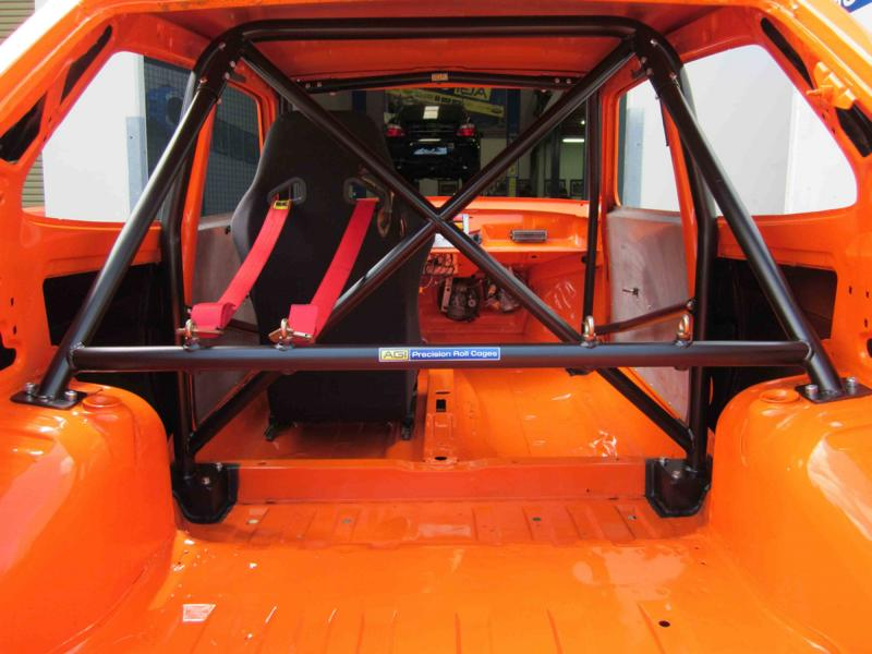 Roll cage retrofit tuning Roll cage Carstripping - do without weight-increasing parts