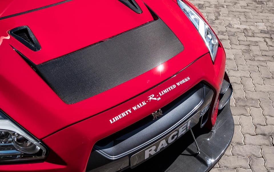 Liberty Widebody Nissan GT R Nismo Tuning Seibon Carbon Armytrix 12 Widebody Nissan GT R auf Forgiatos von Race! South Africa