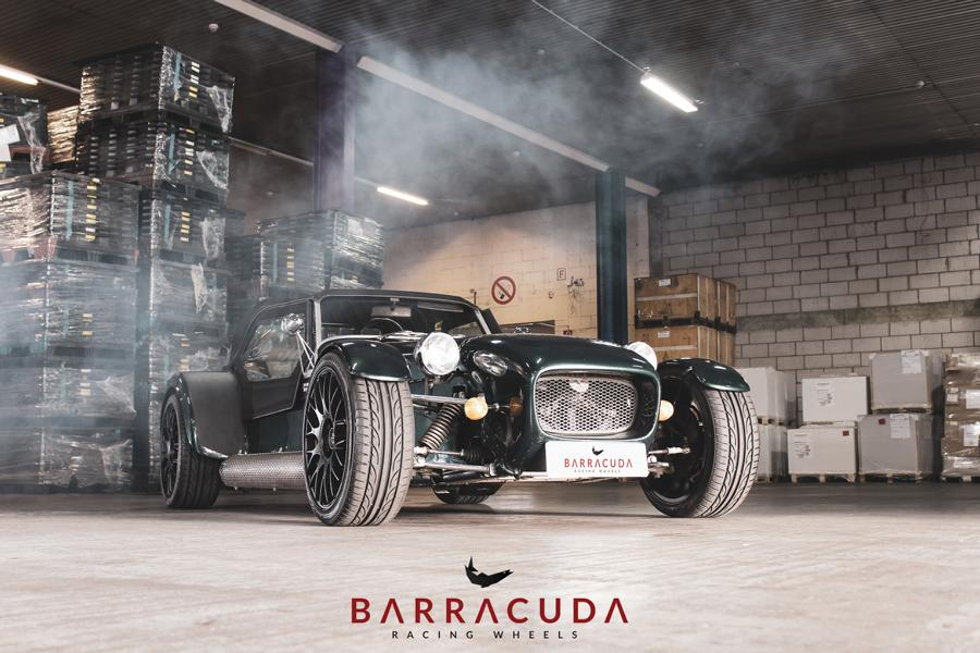 VM 77 Lotus Seven Replika Barracuda Tuning 14 17 Zoll Barracuda Karizzma Felgen am Lotus Seven Replika