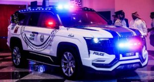 Dubai Polizei W Motors Ghiath 5 310x165 Video: 2018   Dubais Polizei fährt den W Motors 'Ghiath'