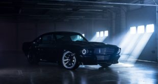 Elektro Ford Mustang Charge Automotive Tuning 2 310x165 Ford Mustang mit R Bodykit vom Tuner Edge Customs