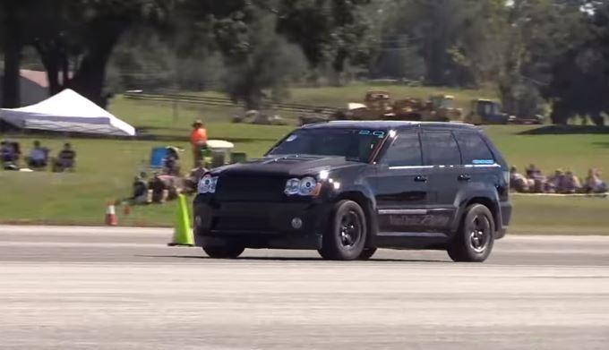 Jeep Grand Cherokee SRT8 mit 1.700 PS Video: Jeep Grand Cherokee SRT8 mit 1.700 PS