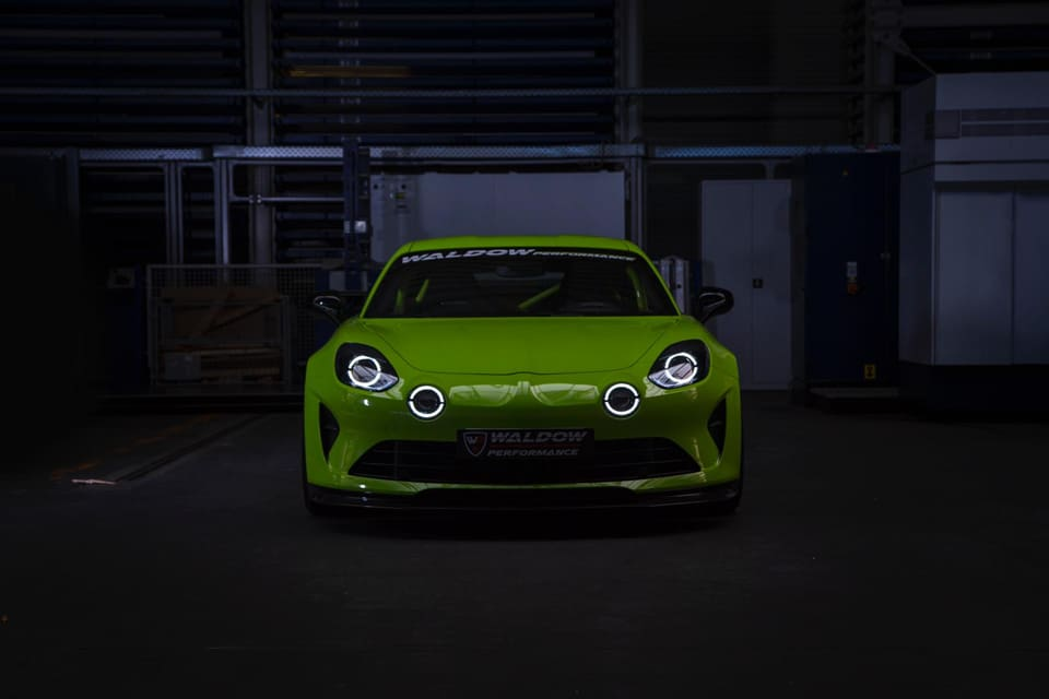 WP300 Alpine A110 Waldow Performance Tuning 4 WP300 Leichtgewicht Alpine A110 von Waldow Performance