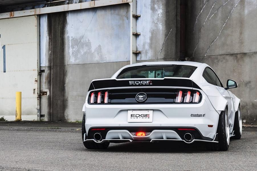 Ford Mustang R Bodykit Tuning Edge Customs 8 Ford Mustang mit R Bodykit vom Tuner Edge Customs