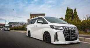 Liberty Walk Toyota Alphard Vellfire Bodykit Tuning 1 310x165 Savini Wheels & Liberty Walk Widebody Kit am BMW i8
