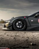 Liberty Walk Widebody BMW i8 Airride Savini Folierung 13 135x169 Ultrafett: Liberty Walk Widebody BMW i8 mit Airride Fahrwerk