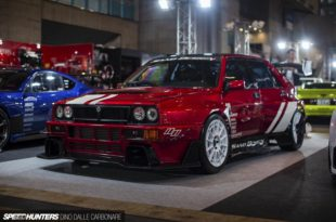 1993 Carbon Widebody Lancia Delta Integrale Evo II Tuning 25 310x205 Funky: 1993 Carbon Widebody Lancia Delta Integrale Evo II