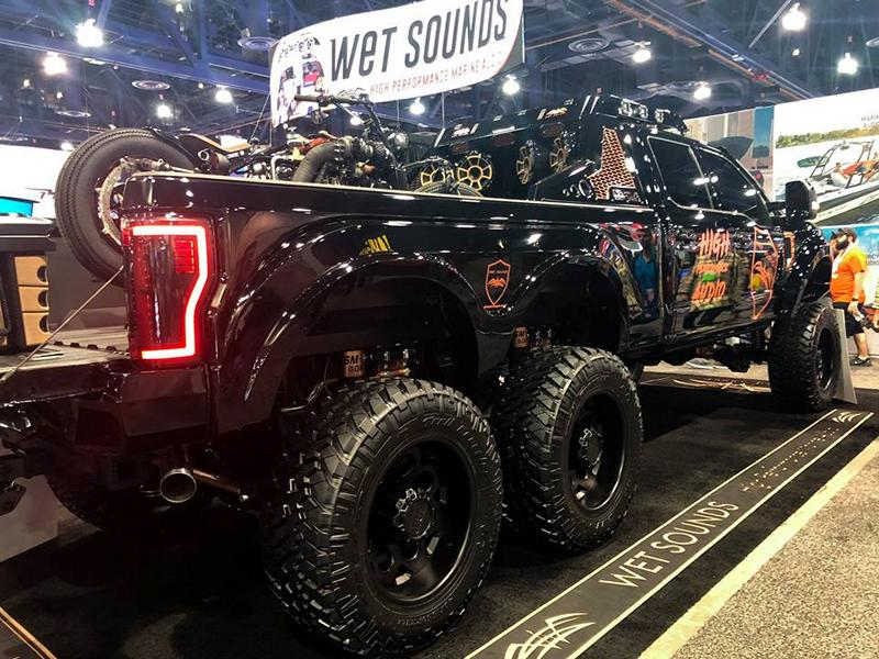 Ford 6x6 Super Duty 6x6 F550 Tuning Diesel Brothers 33 Huge: Ford F550 6x6 Super Duty from the Diesel Brothers!