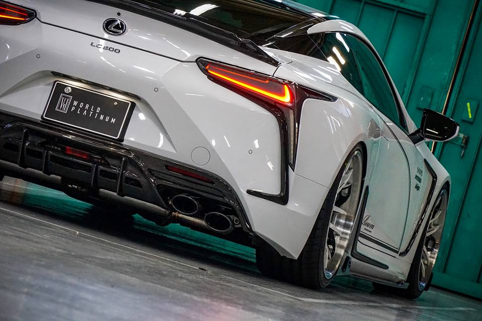 Lexus LC500 Rowen International Carbon Bodykit Tuning 2019 3 Elegant: Lexus LC500 mit Rowen International Carbon Bodykit