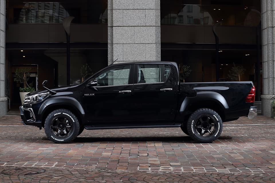 Artisan Spirits Black Label Toyota Hilux Widebody 2019 Tuning 6 Artisan Spirits Black Label Toyota Hilux Widebody 2019