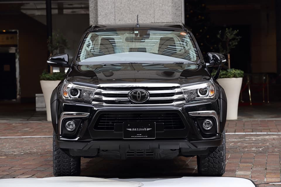Artisan Spirits Black Label Toyota Hilux Widebody 2019 Tuning 7 Artisan Spirits Black Label Toyota Hilux Widebody 2019