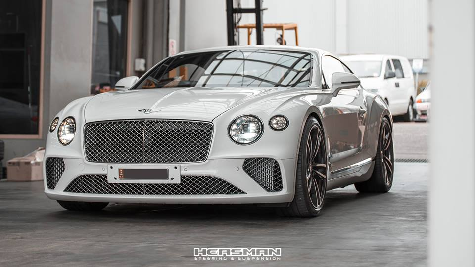 Tieferlegung Bentley Continental GT 2018 Spurplatten Tuning 3 Erster: 2018 Bentley Continental GT Gen.3 von Heasman