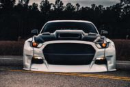 Widebody Ford Mustang GT clinched savini Airride 1 190x127 Black & White   Widebody Ford Mustang GT mit Airride