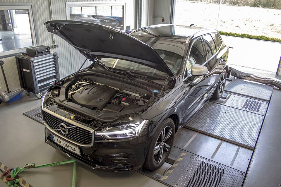 DTE Systems Volvo XC60 2.0 D5 Chiptuning 2 261 PS & 573 NM im DTE Systems Volvo XC60 2.0 D5