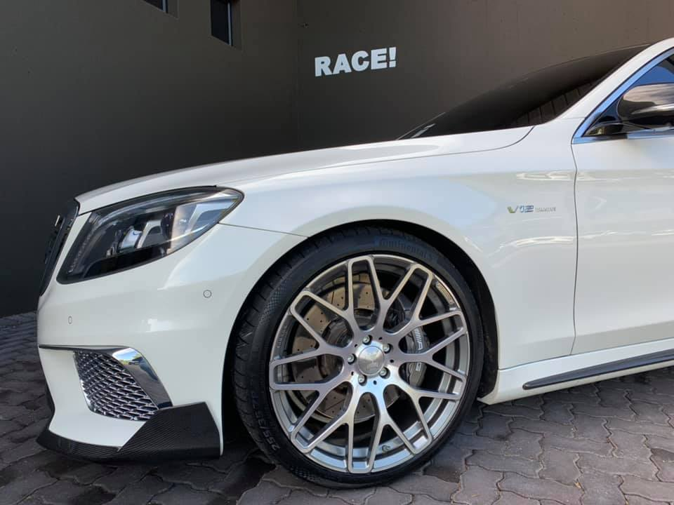 W222 Mercedes S65L AMG Brabus Tuning Bodykit 12 Mercedes S65L AMG mit Brabus Parts von RACE! South Africa