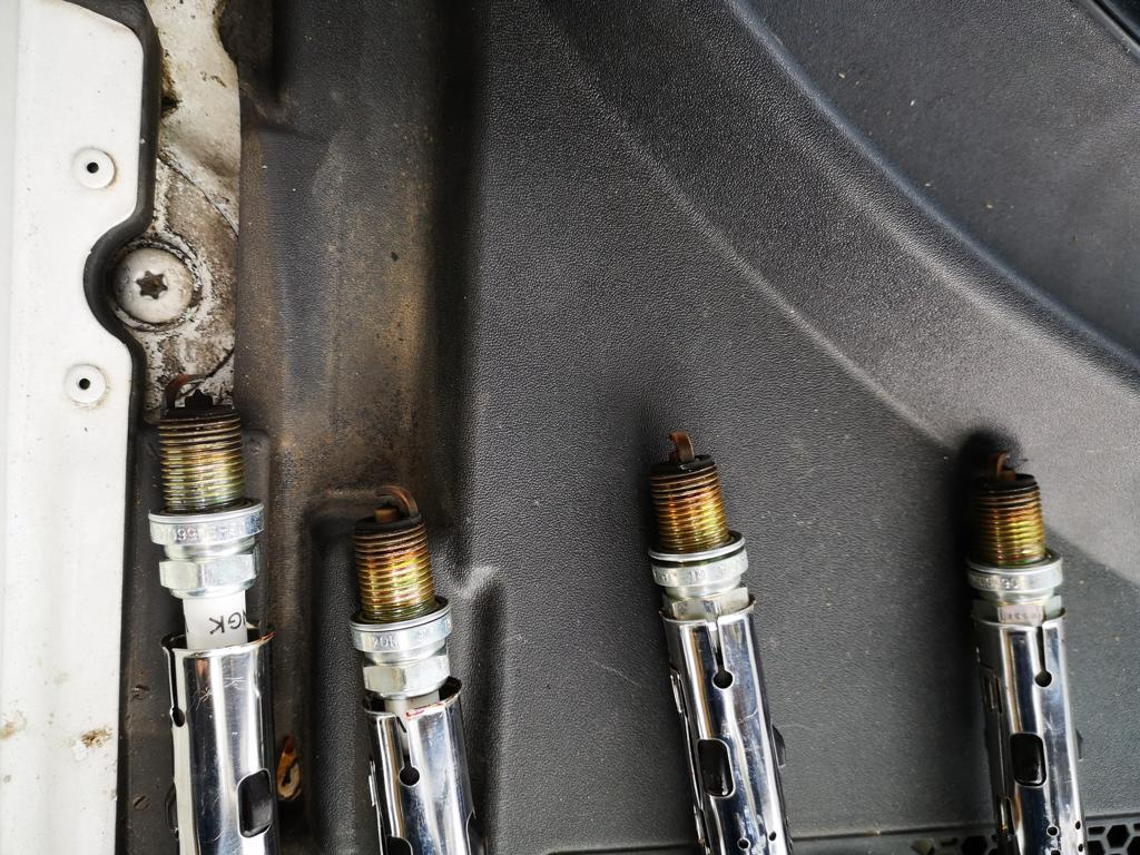 XADO Stage 1 Atomic Metal Conditioner experience test report Tuning 4 So that the spark jumps! Change the spark plugs!