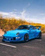 RWB Widebody Porsche 993 Turbo Riviera Blue Forgestar Tuning 6 155x194 Heftig: RWB Widebody Porsche 993 Turbo in Riviera Blue