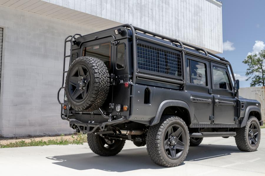 Military style Land Rover Defender 110 Tuning 25 Military style: Land Rover Defender 110 von ECD Automotive