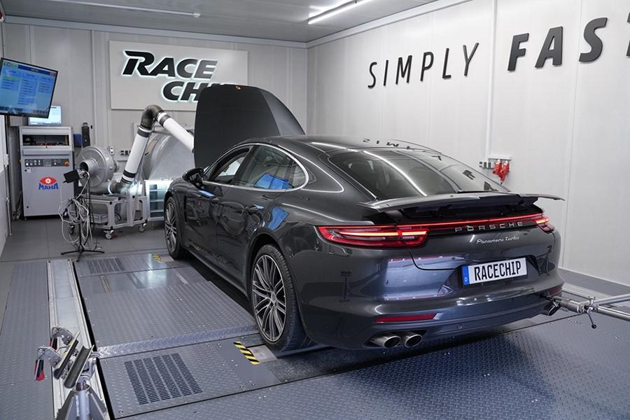 RaceChip Porsche Panamera Turbo 2019 Video: 650 PS im RaceChip Porsche Panamera Turbo 2019