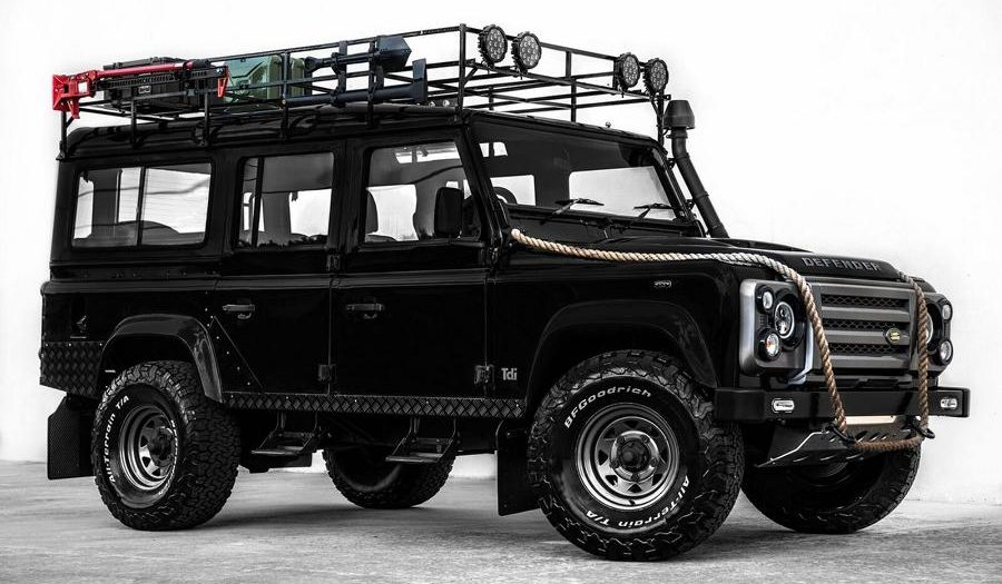 Restauration Tuning 1993 Land Rover Defender 110 SUV 1 900x525 Traumzustand 1993 Land Rover Defender 110 (SUV)