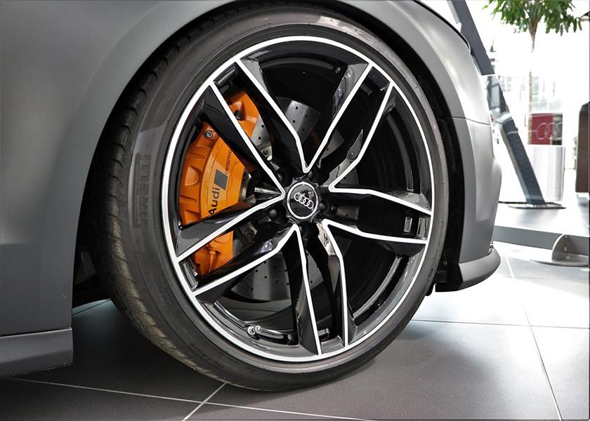 Audi RS 8 RS8 Tuning D4 4H 3 Prototyp in mattschwarz: Audi RS 8 Limo auf Basis D4 (4H)
