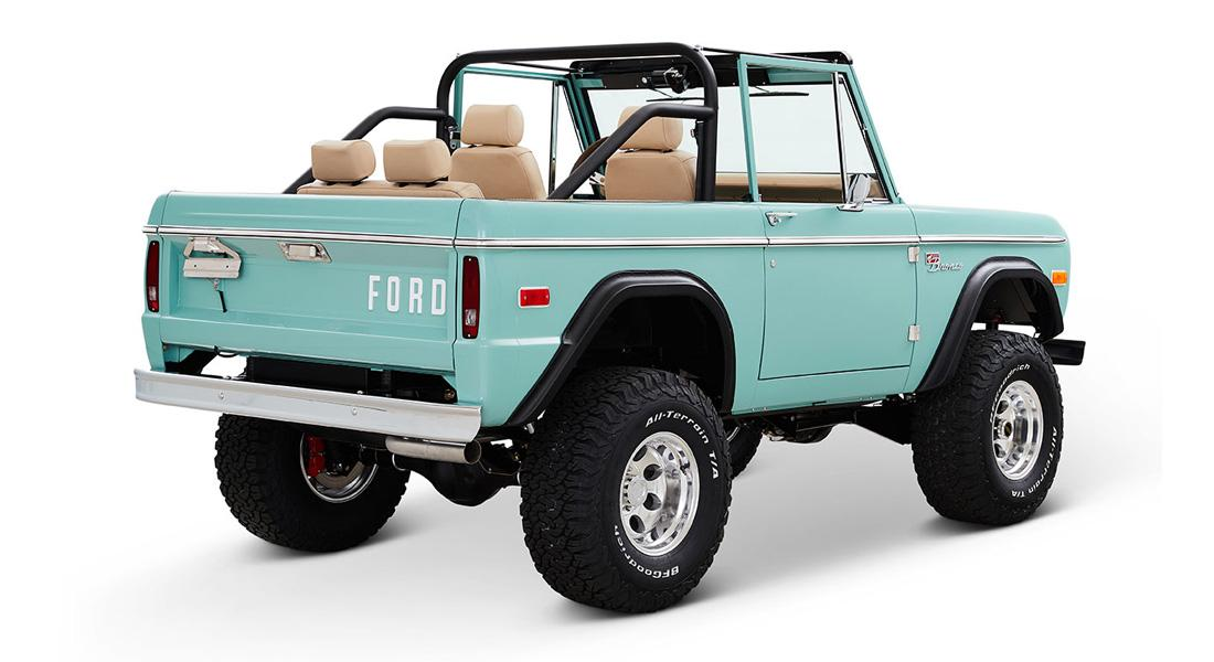 1970 Ford Bronco Gen1. Restomodo V8 Jupiter Blue Tuning 28 Babyblau   1970 Ford Bronco Gen1. mit 5.0 V8 Power
