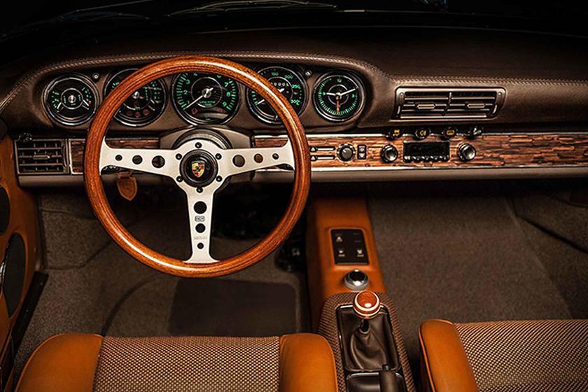 Vollcarbon Restomod Porsche 964 Targa 911 V8 Tuning Ateliers Diva 10 Vollcarbon: Restomod Porsche 964 Targa von Ateliers Diva