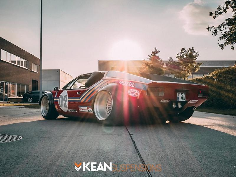 Widebody De Tomaso Pantera Kean Suspensions Skoell Accuair Tuning 4 600 PS Widebody De Tomaso Pantera von Kean Suspensions