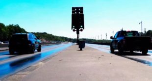 Ford F 150 Kompressor vs. Jeep SRT Trackhawk 310x165 Video: Evolve Stage 2 BMW M5 F90 Limo fährt 321 km/h
