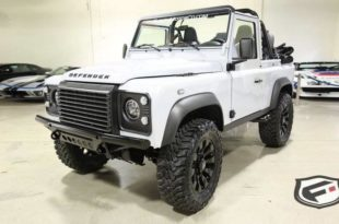 564 PS Land Rover Defender 90 62 Liter V8 Tuning Carbon Header 310x205 Brutal   564 PS Land Rover Defender 90 mit 6,2 Liter V8