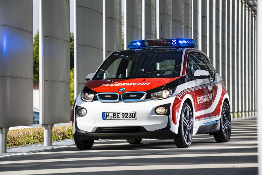 Fire engine car emergency vehicle 3 Not only as a large truck! The fire engine as a car