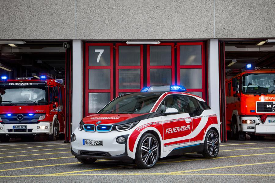 Fire engine car emergency vehicle 6 Not only as a large truck! The fire engine as a car