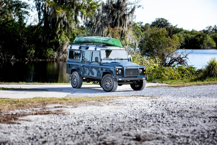 E.C.D. 1993 Land Rover Defender 110 Restomod Tuning V8 18 Project Galena   E.C.D. 1993 Land Rover Defender 110