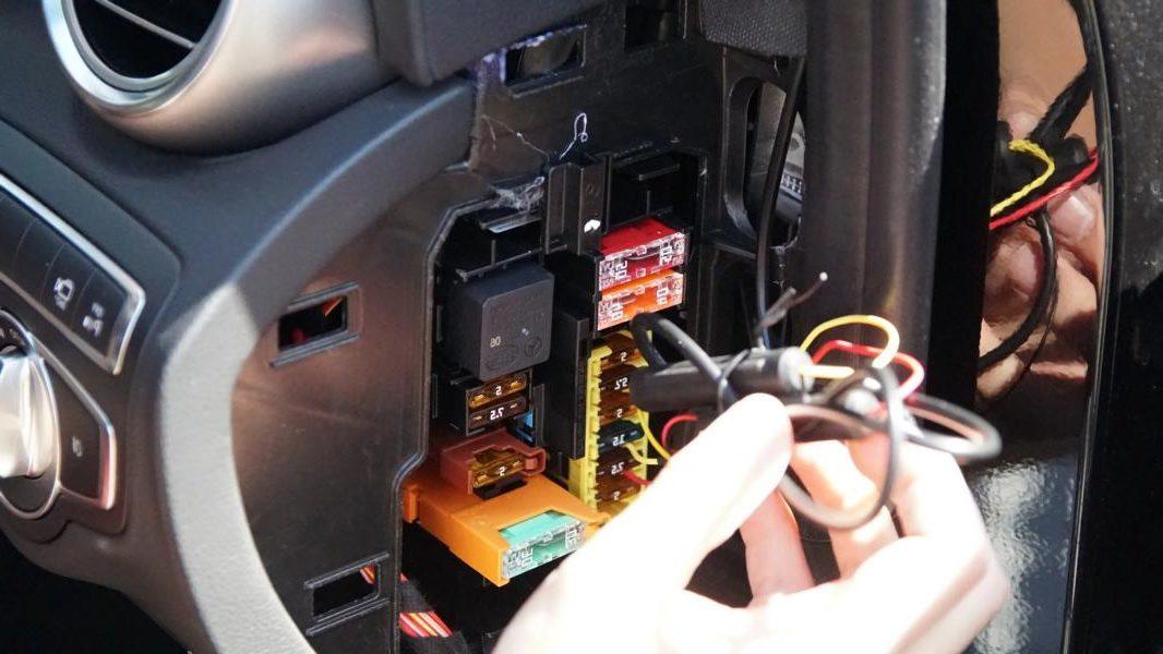 Stromabgreifer Sicherheitsdoppelstecker Stromdieb 2 e1578898783166 Praktische Möglichkeit für Zubehör   der Stromabgreifer!