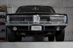 1969 Dodge Charger RT 440 Restomod V8 Tuning 1 310x205 Legende 1969 Dodge Charger R/T 440 Restomod V8