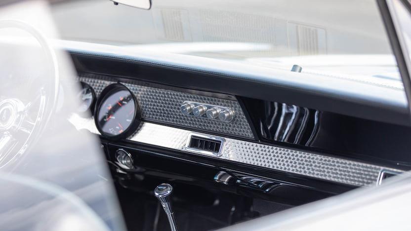 West Coast Customs 1967 Plymouth Barracuda West Restomod Tuning 10 Legende: West Coast Customs 1967 Plymouth Barracuda West