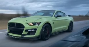 Ford Mustang Shelby GT500 vs. Corvette Z06 ZR1 310x165 Video: Ford Mustang Shelby GT500 vs. Corvette Z06 & ZR1