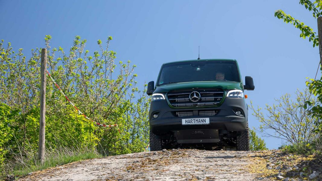 W970 Mercedes Sprinter Offroad Outfit VANSPORTS Tuning 10 Mercedes Sprinter mit Offroad Outfit von VANSPORTS