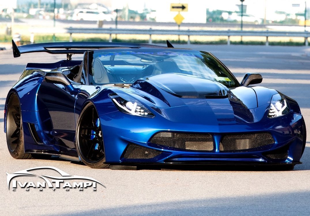 Corvette C7 mit Limited Edition XIK Widebody Kit 4 Limited Edition XIK Widebody Kit an der Corvette C7