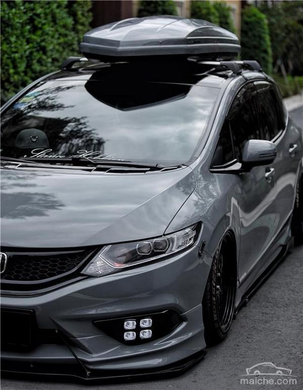 Honda Jade Stance Tuning Airride VSXX rims 13 Honda Jade with stance tuning so cool a minivan can be.