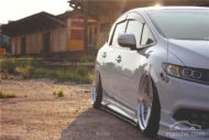 Honda Jade Stance Tuning Airride VSXX rims 18 190x127 Honda Jade with Stance Tuning a minivan can be so cool.