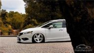 Honda Jade Stance Tuning Airride VSXX rims 26 190x107 Honda Jade with Stance Tuning a minivan can be so cool.