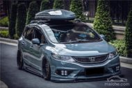 Honda Jade Stance Tuning Airride VSXX rims 3 190x127 Honda Jade with Stance Tuning a minivan can be so cool.