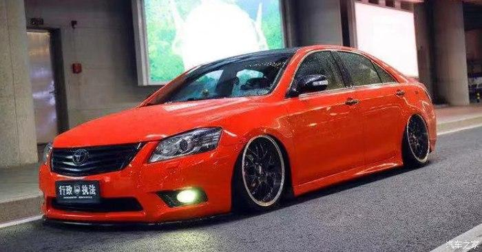 Toyota Camry Stance Tuning 6 Toyota Camry mit Stance Tuning   Limo mit Tuning Seltenheitsfaktor!