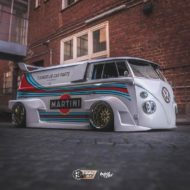 VW T1 Bulli W12 Tuning Martini Widebody Kit 4 190x190 650 PS VW T1 Bulli mit W12 Triebwerk und Widebody Kit!