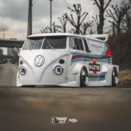 VW T1 Bulli W12 Tuning Martini Widebody Kit 9 190x190 650 PS VW T1 Bulli mit W12 Triebwerk und Widebody Kit!