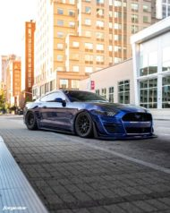 Bagged Ford Mustang S550 Forgestar F14 Beadlock 7 190x238 Bagged Ford Mustang S550 auf Forgestar F14 Beadlocks!