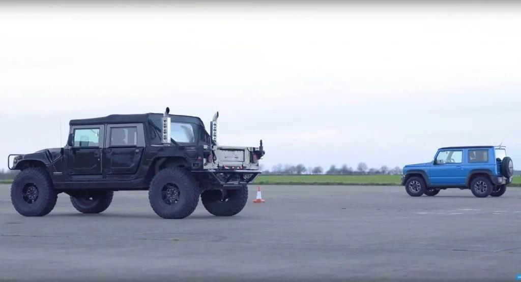 David gegen Goliath Suzuki Jimny vs. Hummer H1 2 Video: David gegen Goliath   Suzuki Jimny vs. Hummer H1
