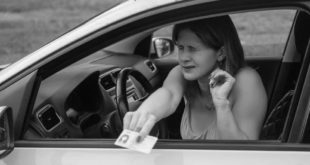 Driving without a license Penalties Police 2 310x165 1